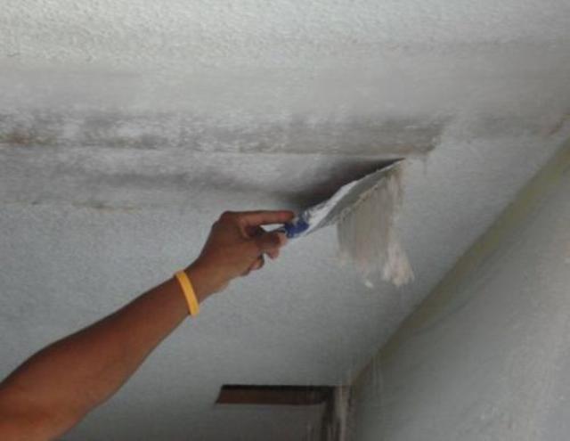Как покрасить потолок после побелки фото