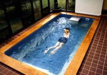 Бассейн с противотоком - альтернатива плавательному?
